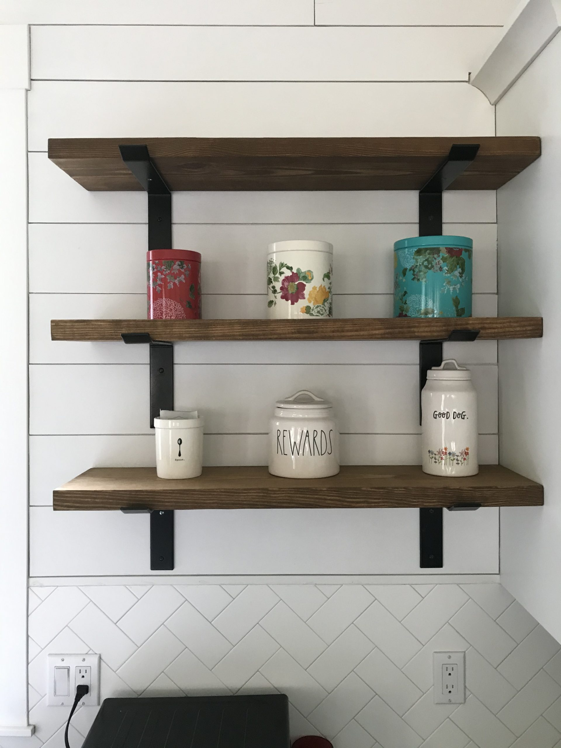 decorate the shelves